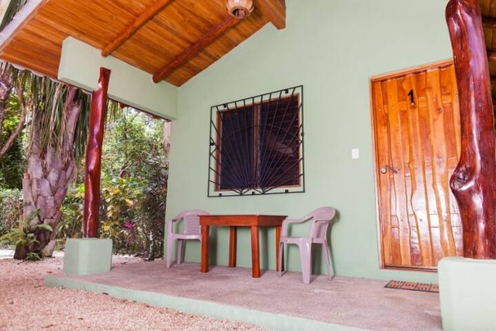 Casa Rosada Nosara - Nosara - Cabaña