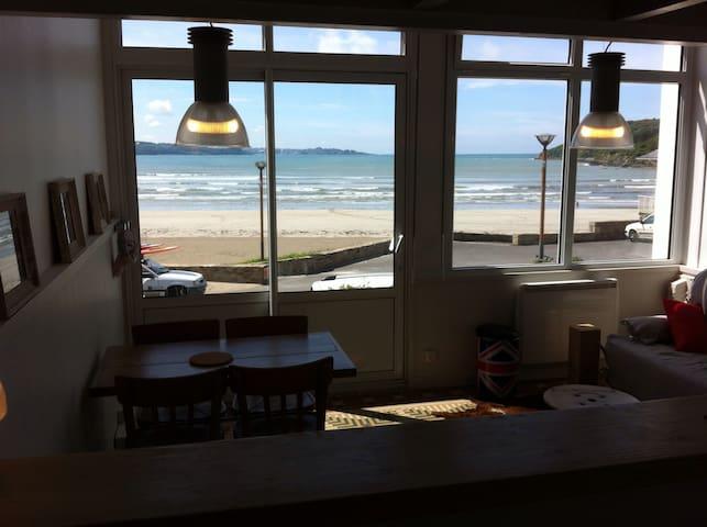 Studio vue  mer ,avec mezzanine ! - Saint-Michel-en-Grève - Byt