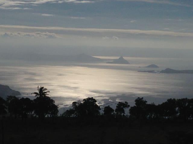 A Breath Taking View of Taal Lake - Tagaytay - Leilighet