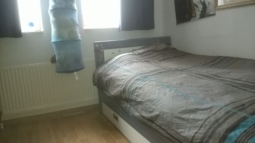 1 person basic bedroom in Vleuten (Utrecht)