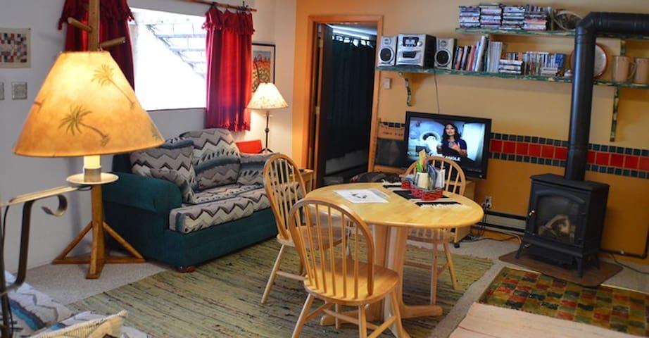 Private Cozy Cabin Mountain Retreat - Arroyo Seco - Appartement