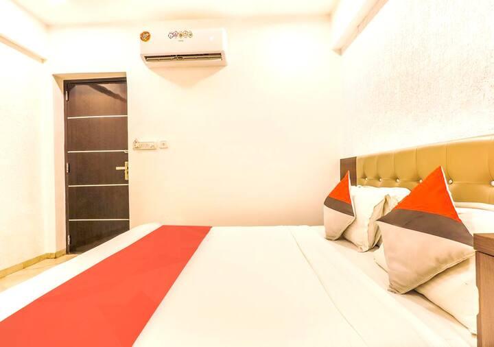 Premium Room in Andheri Mumbai