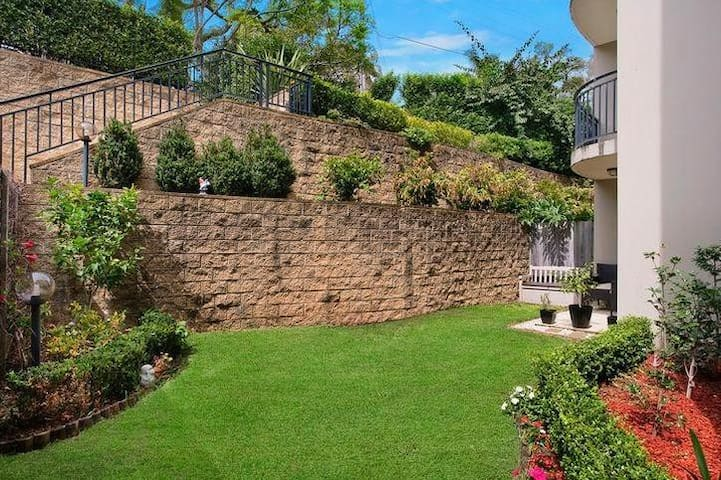 Beautiful Unit in Dee Why - Dee Why