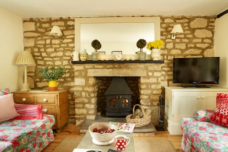 two chapel lane boutique cottage - Ketton - Dům
