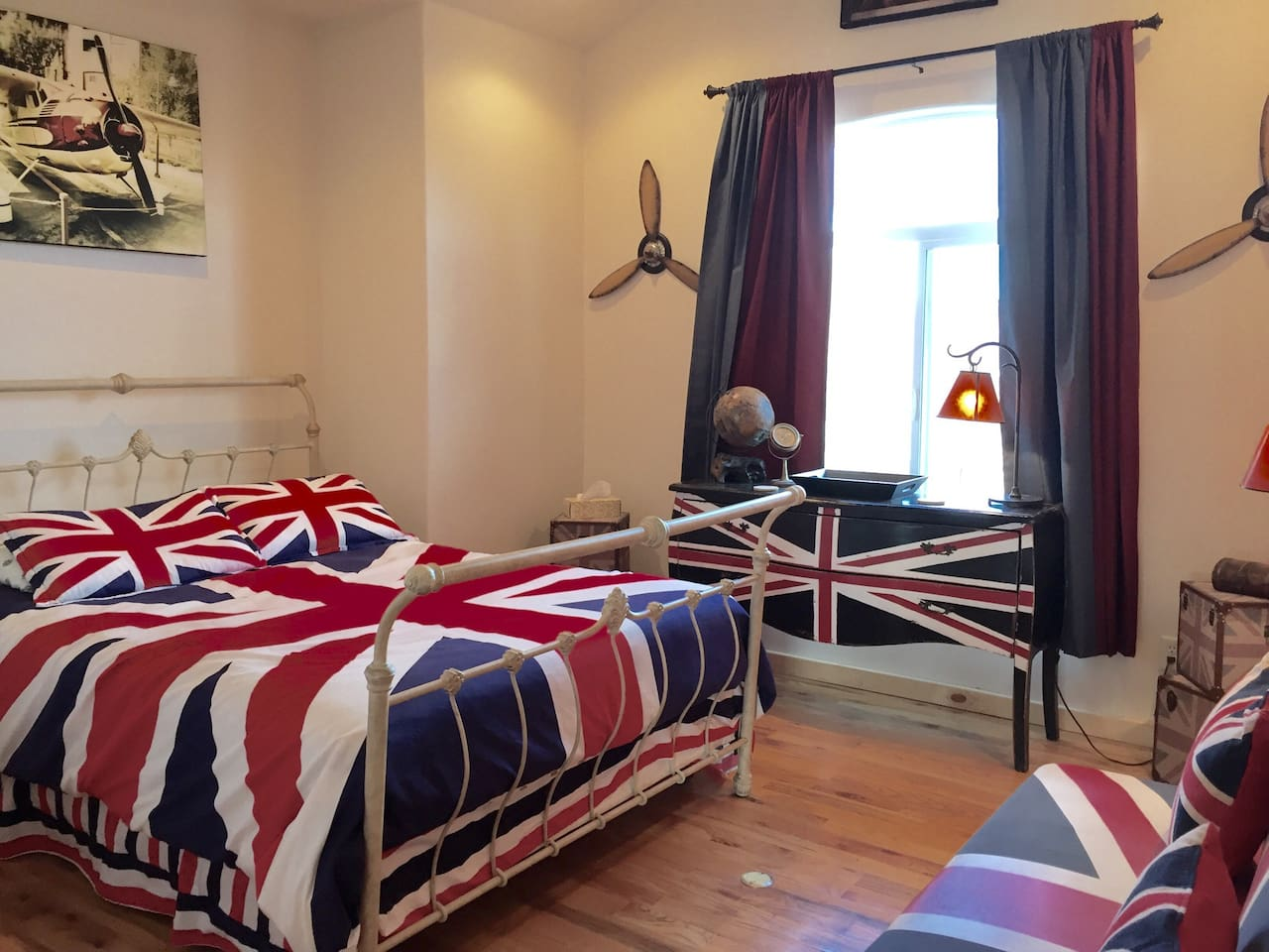 Queen size bed, your own PRIVATE bathroom in hall, upstairs view, ceiling fan, sofa sleeper