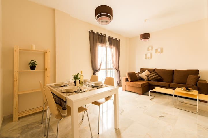 SEVILLA APARTMENTS ARRAYAN