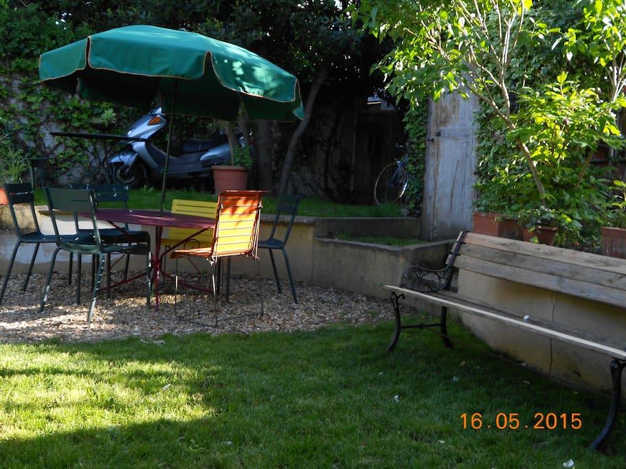 Maison avec jardin pour r ception houses for rent in - Jardin botanique issy les moulineaux ...