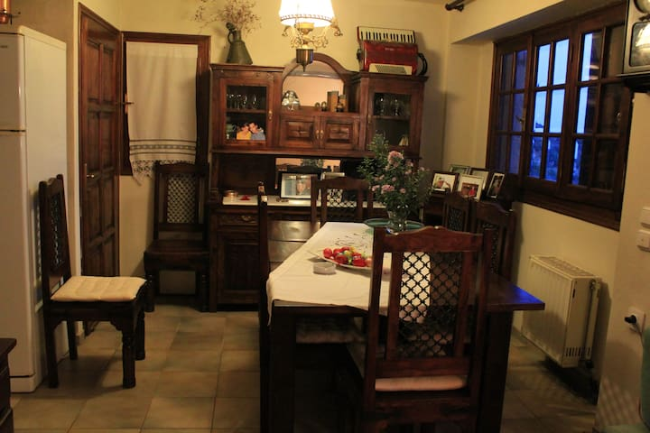 Dimitra's House - Stagiates - Vila