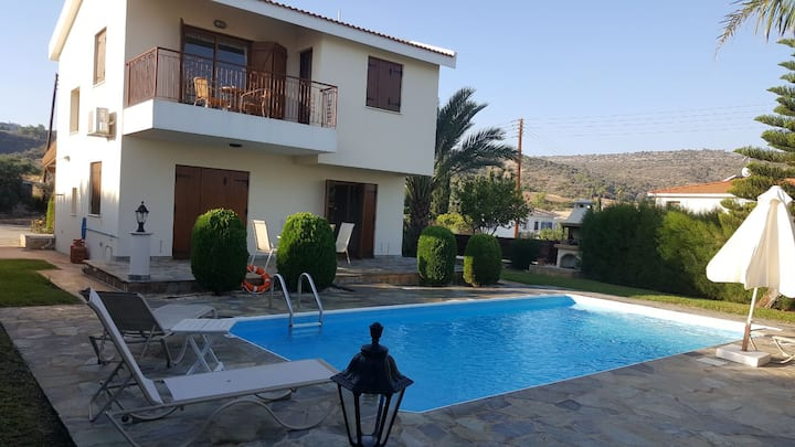 Aphrodite Villa to Rent