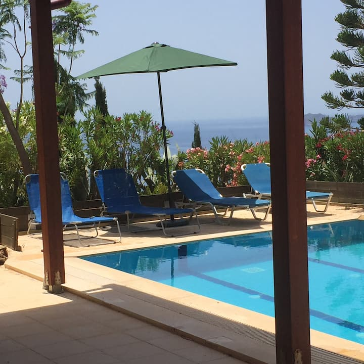 Anemospito Apartment  Private Pool Superb Seaview