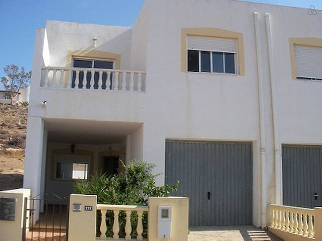 4 bedroom house with seaview - Carboneras - House