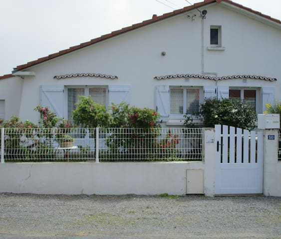 House 440 yards away from the beach - La Bernerie-en-Retz - Hus