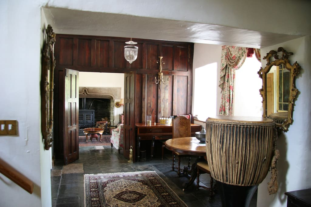 Entrance Hall through to Lounge