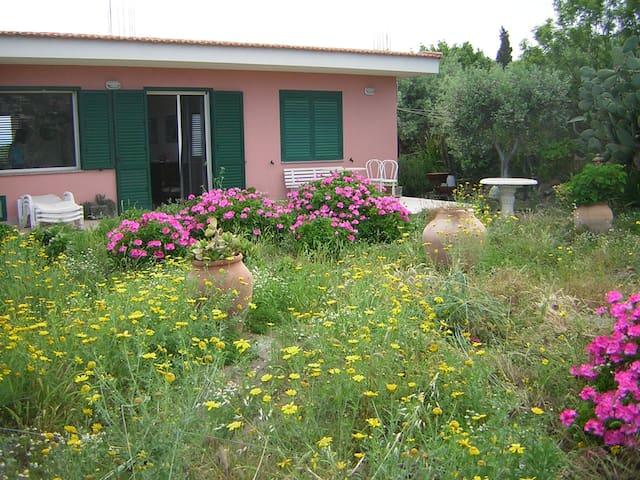 Bella villa di lusso Giardini Naxos