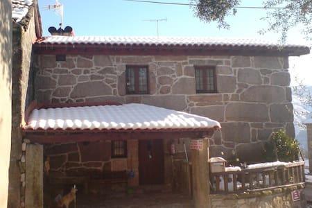 Casa Rústica - House