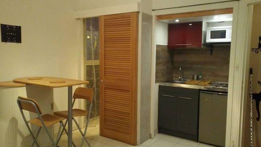 Plage du Mourillon, Toulon cote d' azur - Toulon - Wohnung