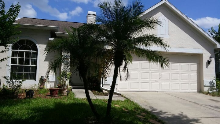 One Bedroom close to Universal and Disney