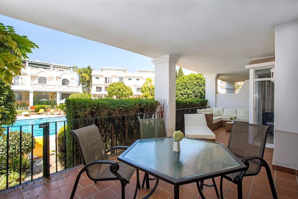 Terrace 20 M2 with direct acces to the main swimming pool