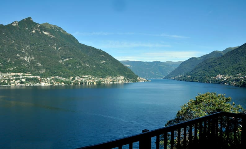 DOCTOR'S HOUSE, Lake Como, Breathtaking View, A/C! - Faggeto Lario - Villa