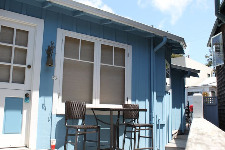Capitola Village Beach Cottage Living!