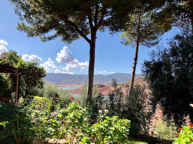 Appartement avec vue sur le lac de Bin el Ouidane