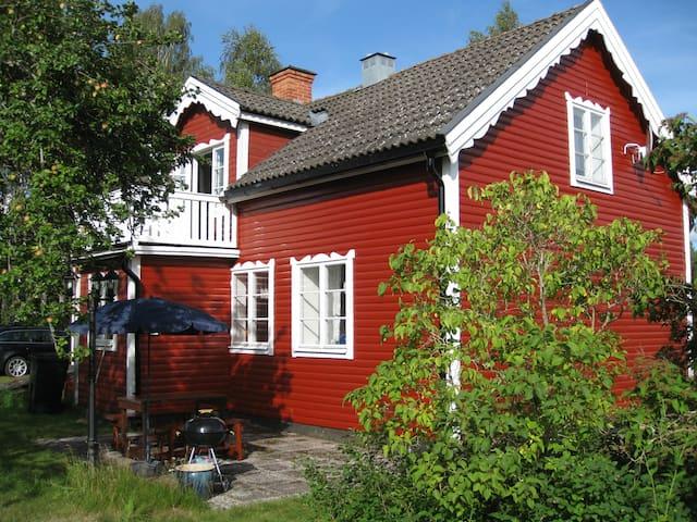 Ferienhaus mit Kanu, Angel-Urlaub - Hultsfred S - Casa