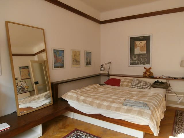 Bedroom and masterbed