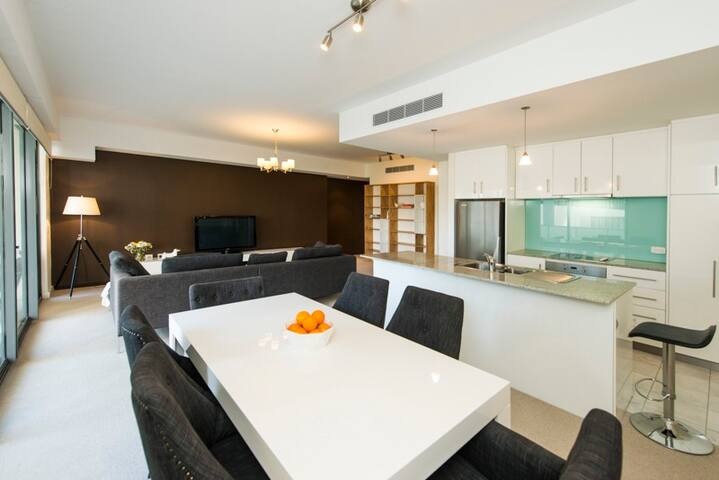 Modern Luxury Swan River Inner City Apt - East Perth - Apartemen