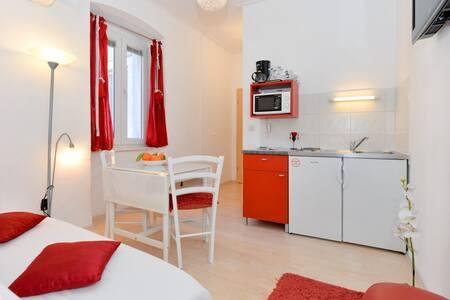 Apartment Lu in the centre of Zadar