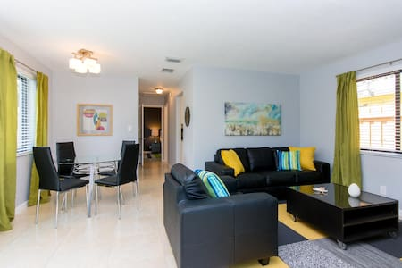 Casa 908 - Wilton Manors Bungalow - Wilton Manors
