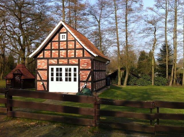 Urgemütliches Fachwerkhaus im Grünen nahe Bremen