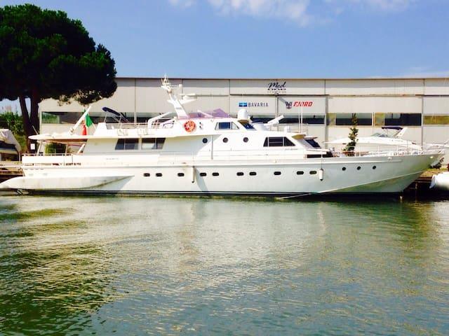 Yacht&breakfast - Isola Sacra - Boat