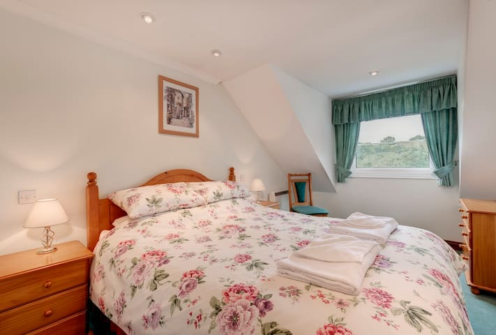 Two bedroom 'Valley View Cottage' at Crylla Valley - Notter - Haus