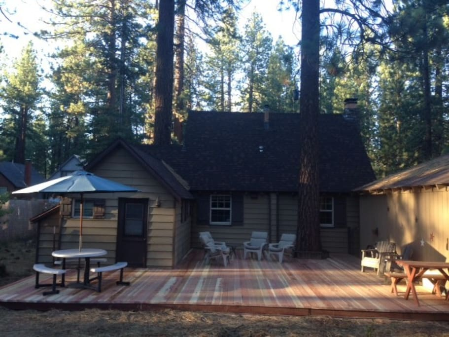 Best tahoe cabin cabins for rent in south lake tahoe for Rent a cabin in lake tahoe ca
