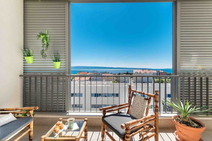 Spalatino apartment *NEAR THE BEACH