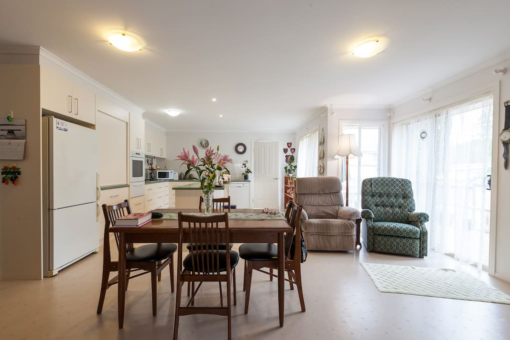 The kitchen/breakfast room is light and airy