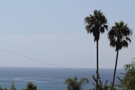 Ocean View Remodeled Cardiff Home - Encinitas