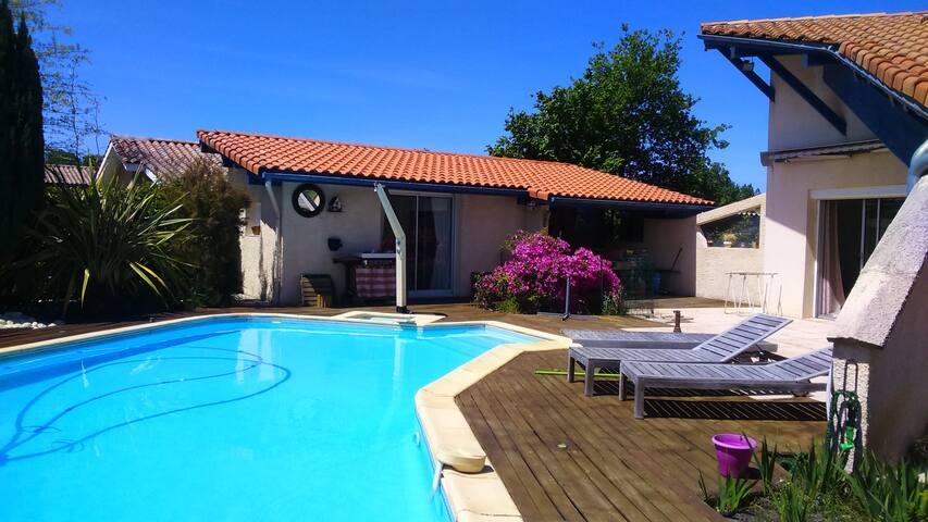 Studio dans propriété privée,  piscine/Aureilhan