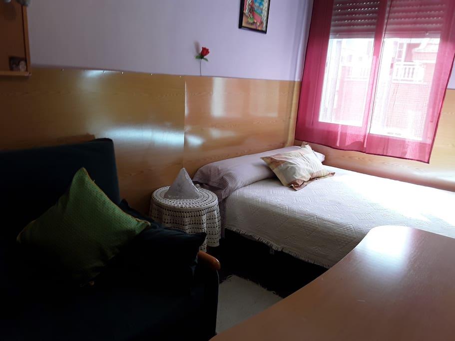 Habitación tranquila y confortable.