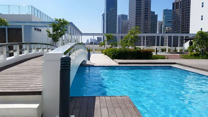 Best deal in central CBD with wifi - Makati - Apartemen