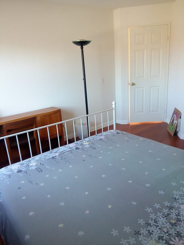 Single room, beautiful and clean.