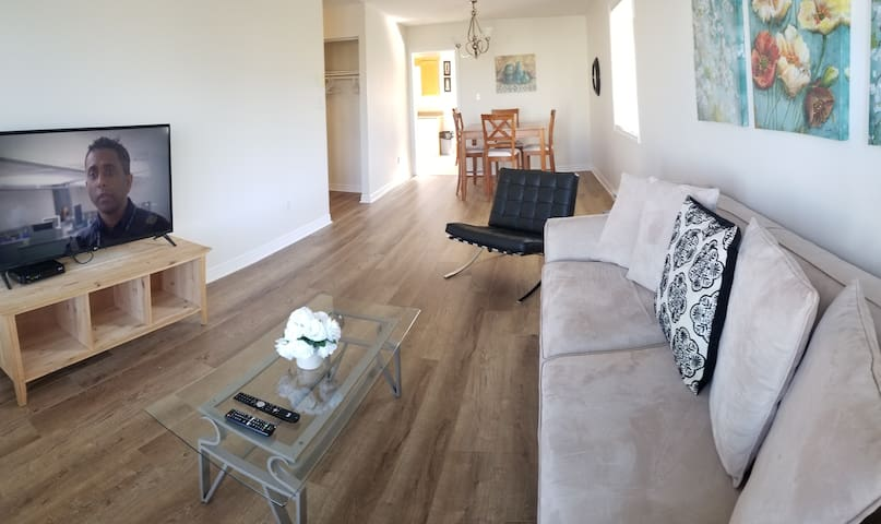 Bright Spacious 4 Bedroom Cable Internet 2parking