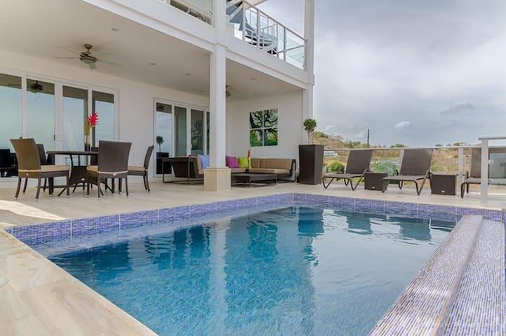 San Juan del Sur, NI, Luxury home with ocean views