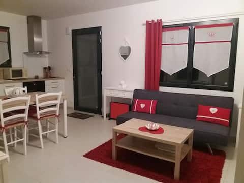 Appartement T1 indépendant au RDC d'une  maison