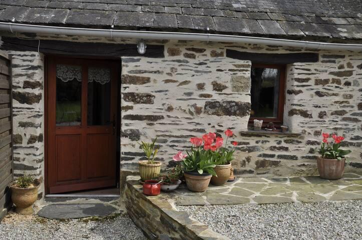Les petites maisons de Claire : Argoat - Saint-Gelven - Dům