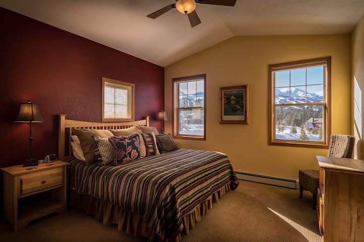King size bed, TV and walk-in closet and keyless entry to the room.
