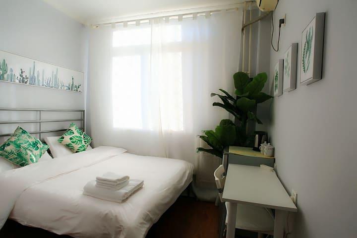 3月可定房_北京中心南锣鼓巷旁独卫阳光整套公寓