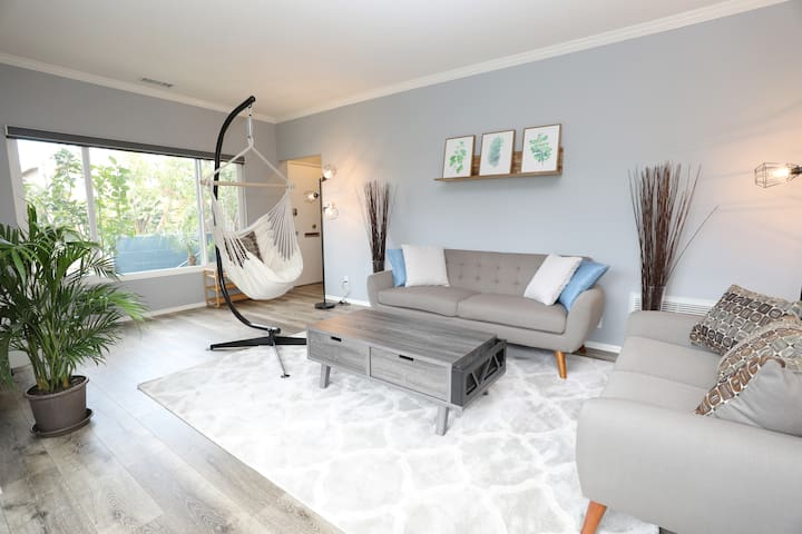 Modern Stylish Co-Living | 5 min from the Beach