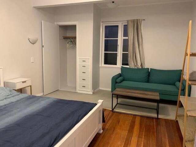 G-Cozy private room in the convenient spot in Tawa