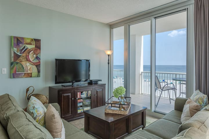 Fantastic Rates! BOOK NOW AND SAVE!*ON BEACH*3BR/3BA Corner Unit 503